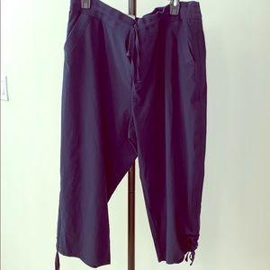 NWT STYLE & Co Capri mid rise comfort waist plus